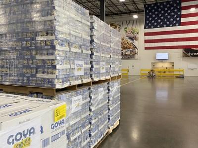 Goya distribuye una donación inicial de 40,000libras de alimentos a las víctimas del huracán Ida (PRNewsfoto/Goya Foods, Inc.)
